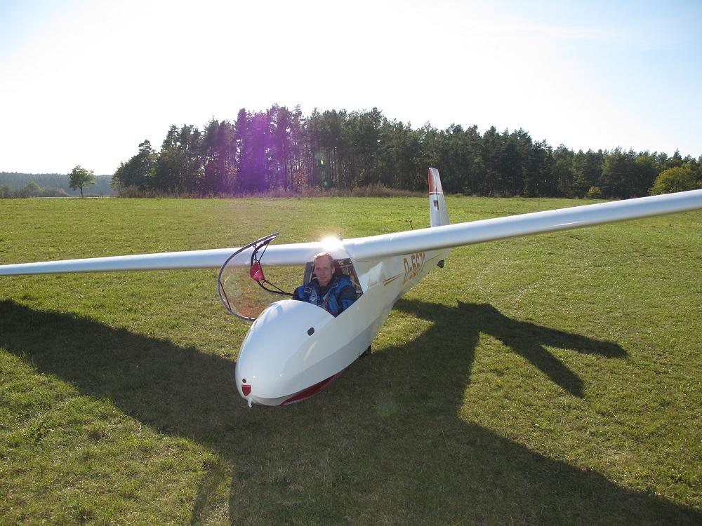 Die K8 unseres Vereins mit Ihrem Pflegevater als Pilot.