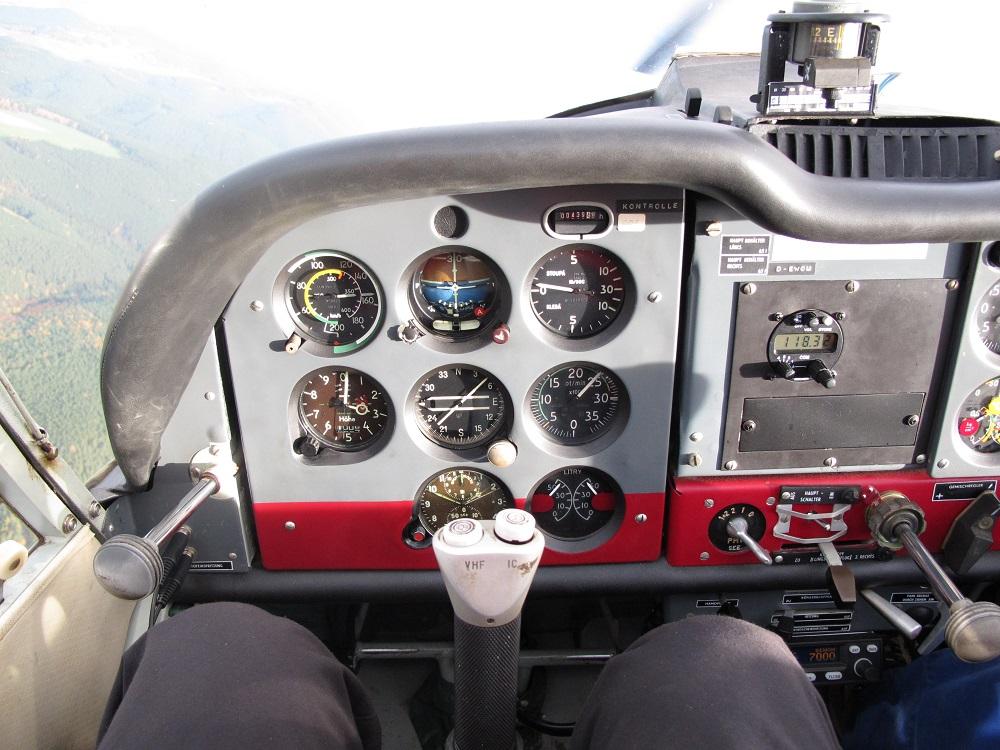 Z42_cockpit
